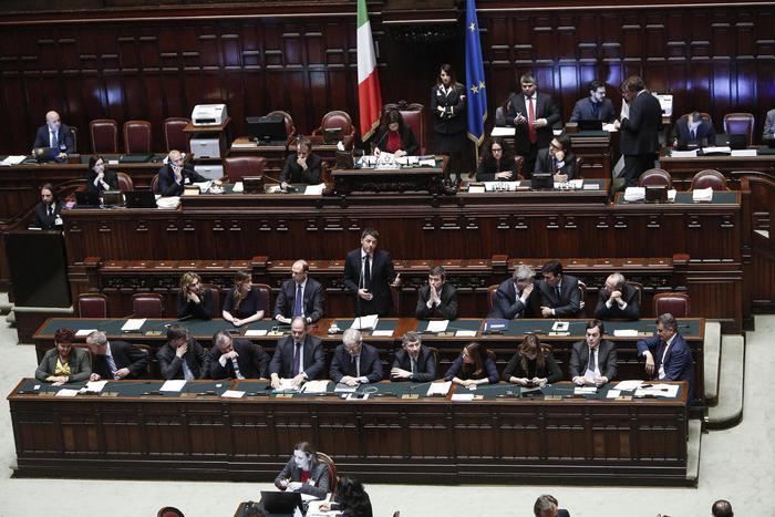 RENZI, ITALIA FA COMPITI A CASA, EUROPA NON ANCORA